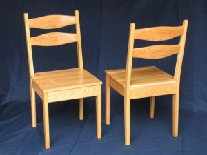 wooden-kitchen-chairs-with-arms-wooden-kitchen-chairs-f907a86ce079474f